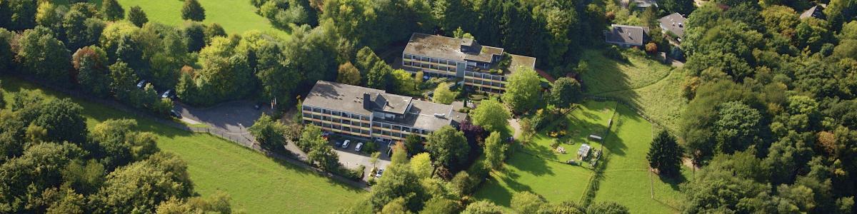 Eschenberg-Wildpark-Klinik cover image